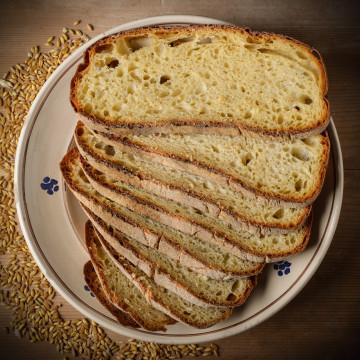 Pane di Laterza affettato